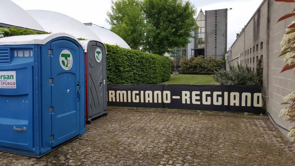 Bagni chimici reggio emilia tailorsan noleggio wc chimici - Noleggio bagni chimici roma ...