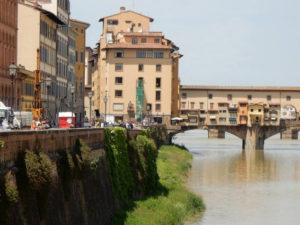 Voragine Lungarno a Firenze