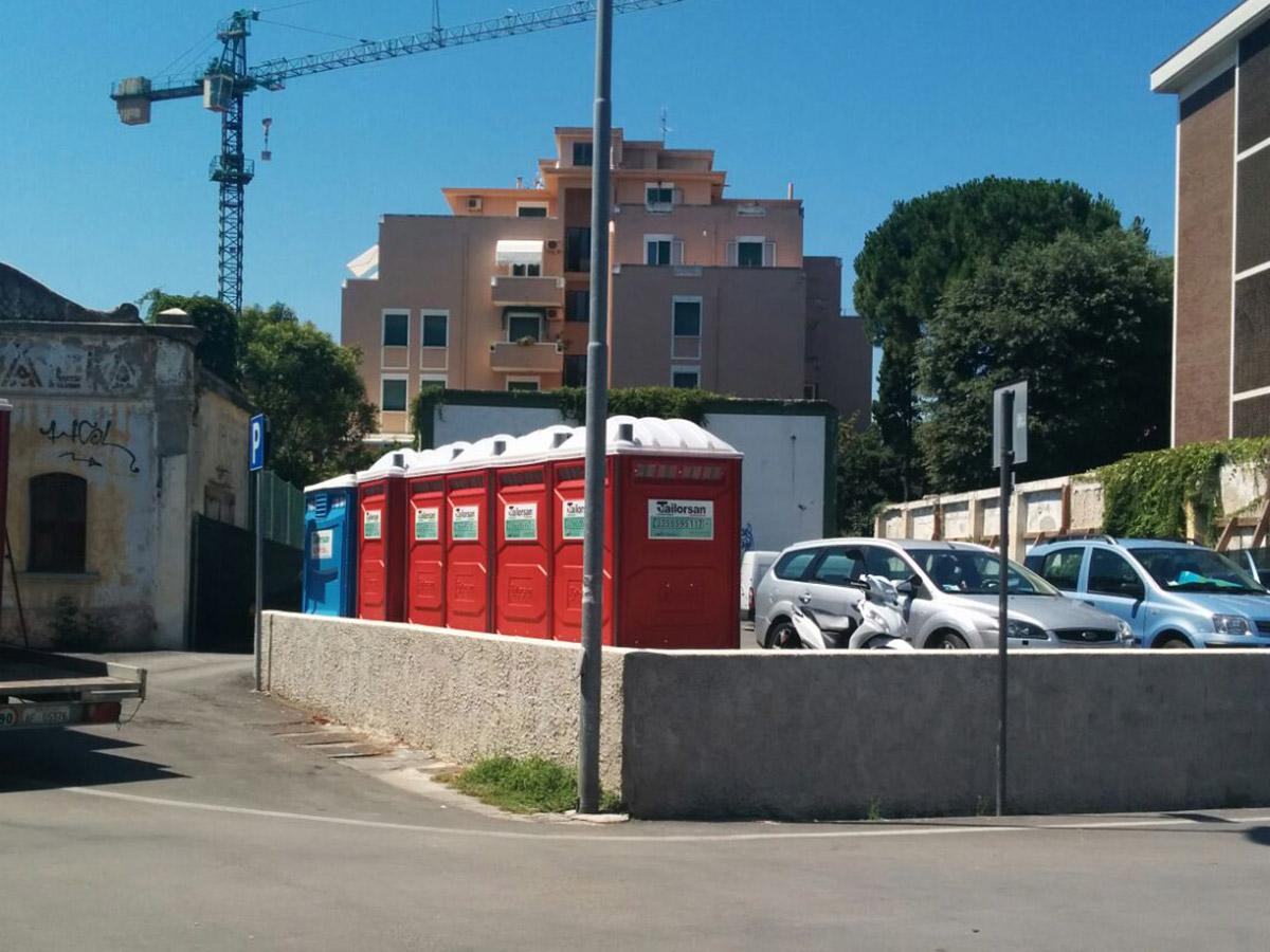 Wc chimici senigallia 002 tailorsan noleggio wc chimici - Noleggio bagni chimici firenze ...